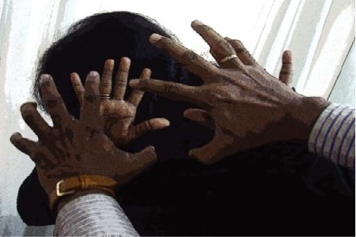 পুরুষতন্ত্রের টেরাকোটায় নারী...