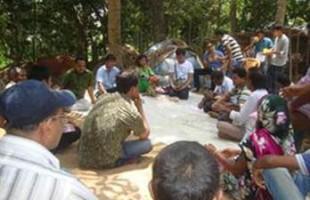 কৃষকের বীজ ব্যাংক পরিদর্শন করলেন ১৫টি সংগঠনের প্রতিনিধি
