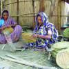 বৈশাখী মেলার প্রস্তুতিতে ব্যস্ত মানিকগঞ্জের ২৫ হাজার তাঁত, হস্ত, মৃৎ আর মিষ্টি শিল্পী