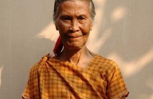 মুক্তিযোদ্ধা কাঁকন বিবির প্রতি বারসিকনিউজ এর শ্রদ্ধা