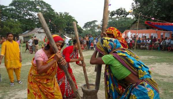 বাঙালির ঐতিহ্যবাহী গ্রামীণ সংস্কৃতি উৎসব