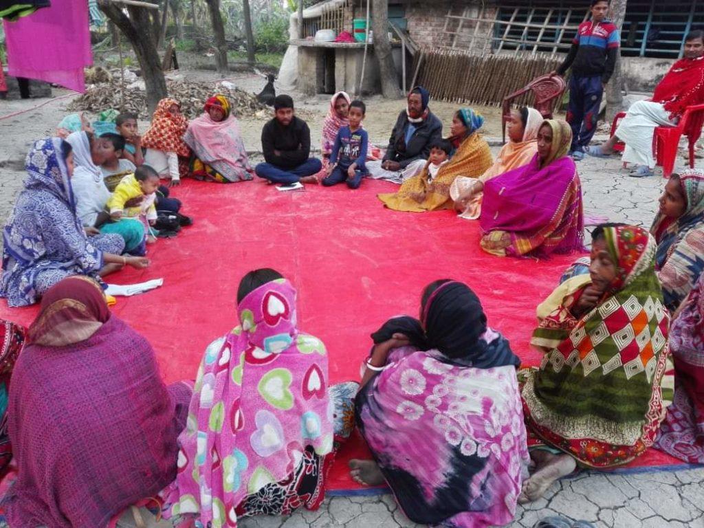 জলাবদ্ধতায় চরম ভোগান্তিতে জেয়ালা গ্রামের মানুষের জীবনযাত্রা