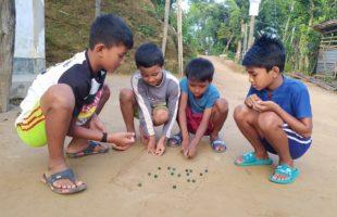 করোনার প্রভাব:অনিশ্চয়তায় খাসি আদিবাসী শিক্ষর্থীদের শিক্ষা জীবন
